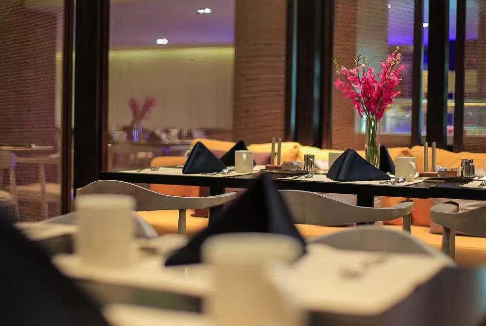 Z1餐厅.jpg