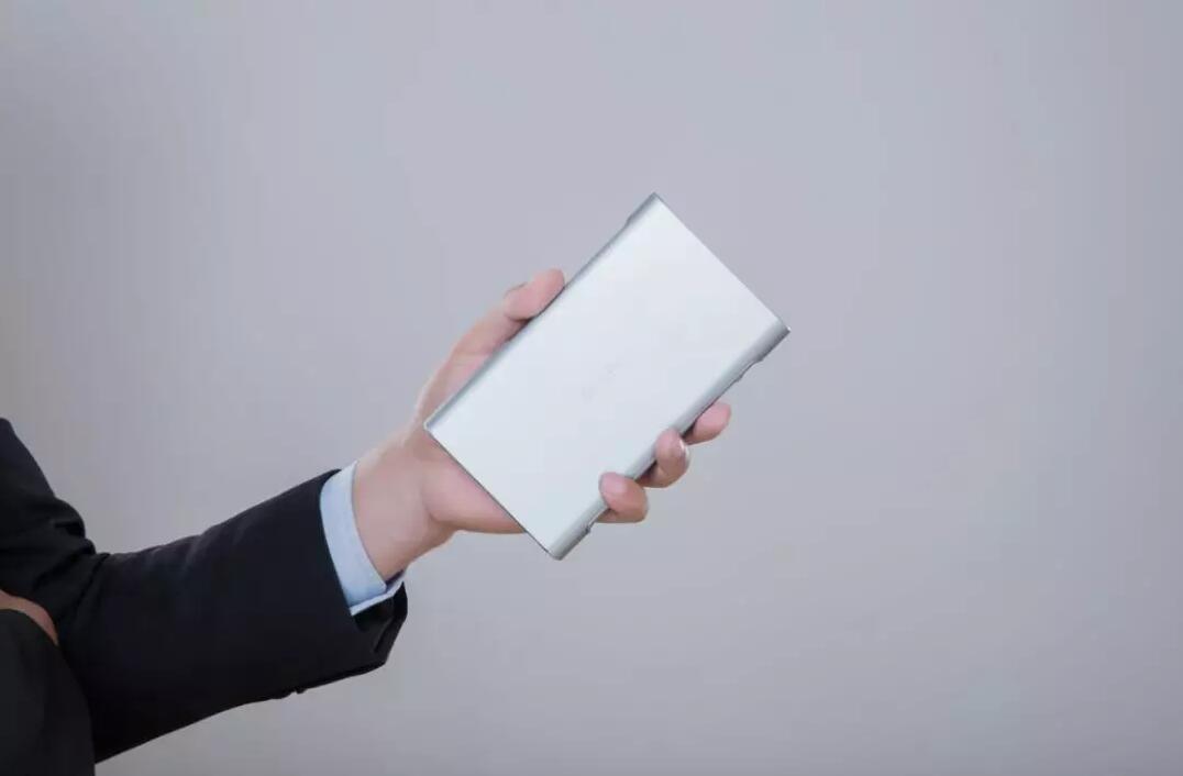 商务娱乐两不误,小帅iBox Pro领衔个人便携投影