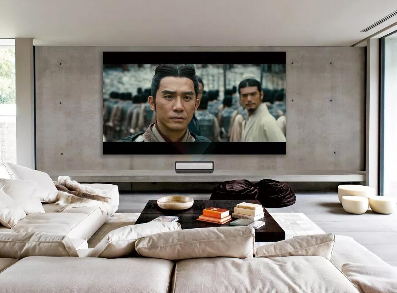 把电影院搬回家——小帅激光电视满足你看电影的所有需求